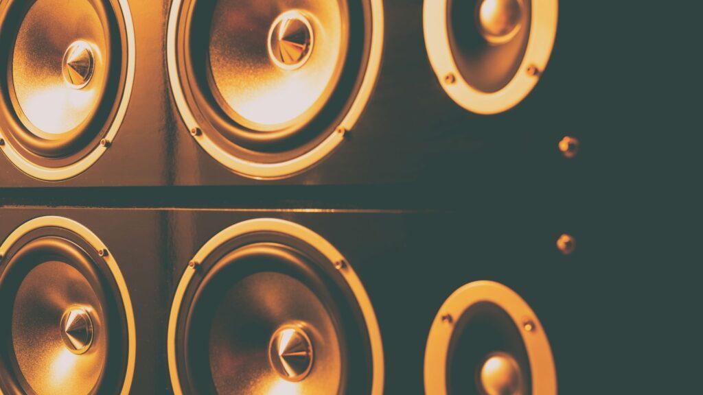 rf7ii reference floorstanding speaker